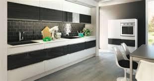 cuisine chez but marvelous cuisine en noir et blanc 1 une cuisine en noir et blanc