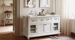 badezimmer im landhausstil badezimmermöbel holz landhaus rheumri