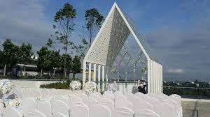 wedding arch kuching wedding ceremony of hong at ucsi hotel kuching