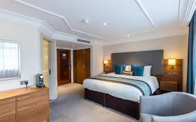 Twin Bed Vs Double Bed Hotel Rooms And Suites Marble Arch Amba Hotels