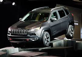 jeep trailhawk 2013 jeep sees its future in broader appeal the blade