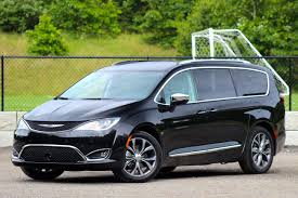 chrysler minivan 2017 chrysler pacifica overview cargurus