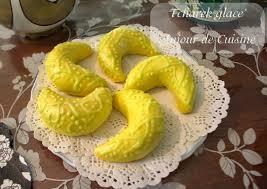 glacer cuisine tcharek glacé ou corne de gazelle algerien au glacage amour de