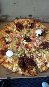 round table maui zaui special post to be maui zaui bacon chicken pizza disgusting yelp