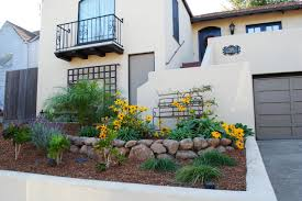 succulent house landscaping ideas for small townhouse front brokohan garden page