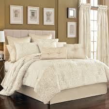 Ivory Comforter Set King Best 25 King Size Comforter Sets Ideas On Pinterest King Size