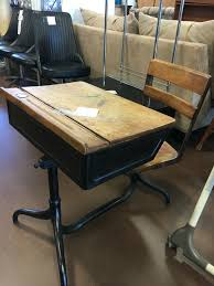 crosby schoolhouse desk l schoolhouse desk desk design ideas