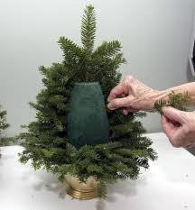 holiday decorations as close as your back yard diy table top