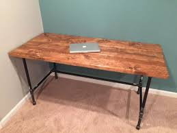 Diy Office Desks How To Make A Computer Desk Out Of Wood Best 25 Build A Desk Ideas