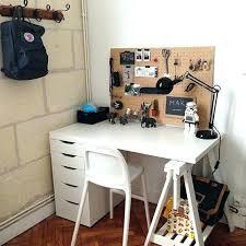 bureau diy bureau or c by diy deco rangement idées pour la maison