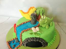 dinosaurs cakes three dinosaurs cake the dotty bakery
