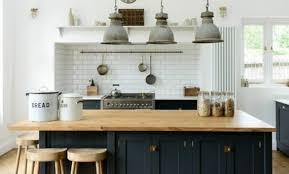 cuisine industrielle décoration cuisine industrielle brique 32 toulon cuisine style