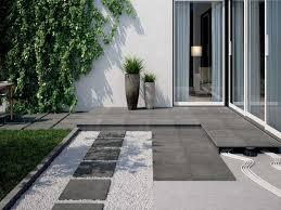 piastrelle balcone esterno piastrelle per esterni materiale scegliere cose di casa