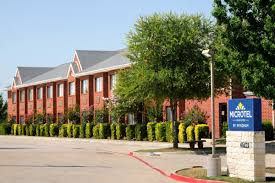 Hotels Next To Six Flags Over Texas Microtel Inn U0026 Suites By Wyndham Arlington Dallas Area Arlington