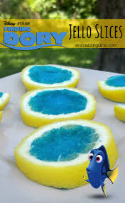 diy finding dory party photo booth props for your finding dory