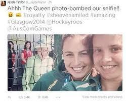 Queen Elizabeth Memes - jayde taylor s tweet posting the queen selfie joyous bit of news