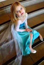 elsa halloween costume girls 20 awesome diy elsa costume tutorials for little girls