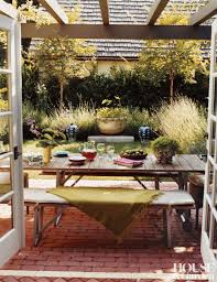 dining alfresco u2013 the key essentials to fabulously eating outdoors