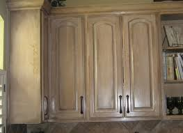 Cleaning Kitchen Cabinets Best Way by Best Way To Clean Kitchen Cabinets Cabinetdirectories Com