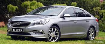 kereta hyundai ioniq hyundai sonata proves that life begins only at 30