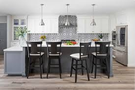 what color kitchen cabinets stay in style 4 timeless kitchen cabinet colors sea pointe construction