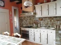 lave linge dans la cuisine cuisine avec lave linge ari homestay