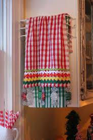kitchen tea gift ideas 47 best kitchen towel ideas images on pinterest kitchen towels