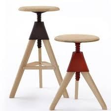 sgabelli regolabili in altezza magis sgabello tom jerry in legno massello di faggio complementi