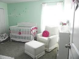 chambre fille vert chambre enfant chambre bébé fille murs vert eau mobilier élégant