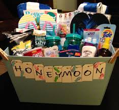 honeymoon gift basket feeling crafty honeymoon