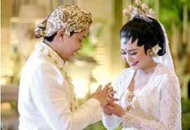 wedding dress nagita slavina menikah kecantikan adik nagita slavina mempesona fashion