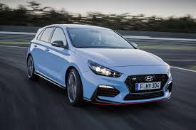 hyundai i30 n to honda civic type r 2017 u0027s new hatches