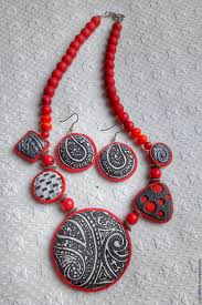 large red beads necklace images Set with large black white beads and little red beads shop jpg