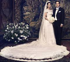 kate middleton wedding dress royal up royal wedding dresses kate middleton review