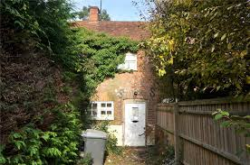 2 Bedroom House Basildon Parkers Theale 2 Bedroom House For Sale In Honey Croft Cottages