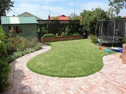 Backyard Landscaping Company Best 25 Kid Friendly Backyard Ideas On Pinterest Kids Yard
