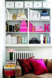 bookshelf organization ideas three ways to organize a bookshelf chatelaine com