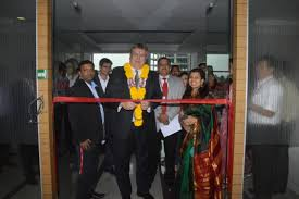 gm global service desk compucom launches new technology center in pune business wire
