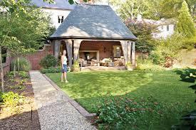 Backyard Living Ideas by 31 Superb Southern Backyard Landscape Plans U2013 Izvipi Com