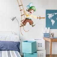 chambre garcon pirate stickers pirate pour décorer la chambre de votre enfant