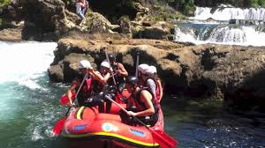 Donna Ares Rc Una Kiro Rafting 2012 Youtube