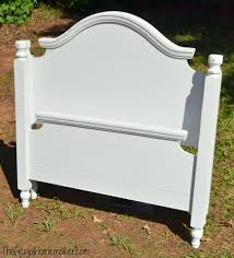 twin headboard makeover with rustoleum chalked paint