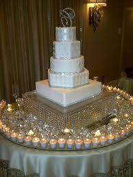Wedding Reception Table Centerpiece Ideas by Best 25 Bling Wedding Centerpieces Ideas On Pinterest
