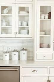 Kitchen Backsplash White Cabinets by 122 Best Hardware Images On Pinterest Cabinet Hardware Brass