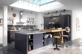 cuisine industriel une cuisine industrielle un must dans tous les intérieurs