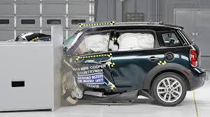 nissan leaf safety rating 2017 mini cooper countryman wins small car crash tests nissan leaf