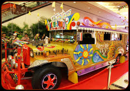 jeepney philippines art jeepneys masters of the philippine roads u2013 travelingmind2anywhere