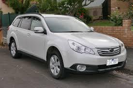 white subaru wagon file 2011 subaru outback br9 my11 2 5i premium station wagon