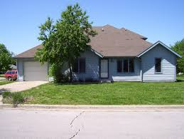 duplex plans with garage in middle duplex plans with garage in middle modern house plan