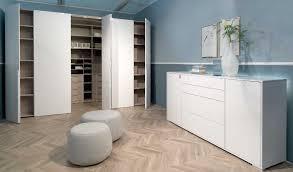 Schlafzimmerschrank Griffe Wellemöbel Ineo Begehbarer Kleiderschrank Mit Falttüren